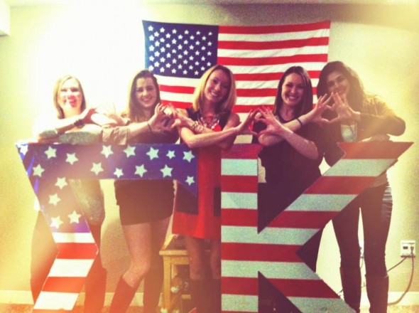 Throwing what we know with the AmΣriKan flag in front and behind us. TSM.