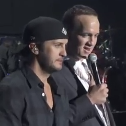 Peyton Manning Singing Waylon Jennings And Johnny Cash With Luke Bryan